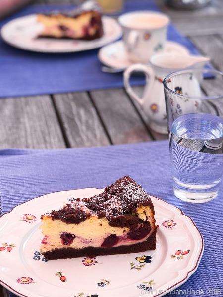 Schoko Kase Streuselkuchen Mit Kirschen Chili Und Ciabatta