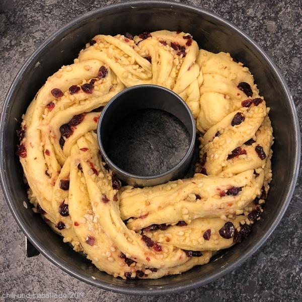 Cranberry-Orangen-Brot 2 mit Mandeln