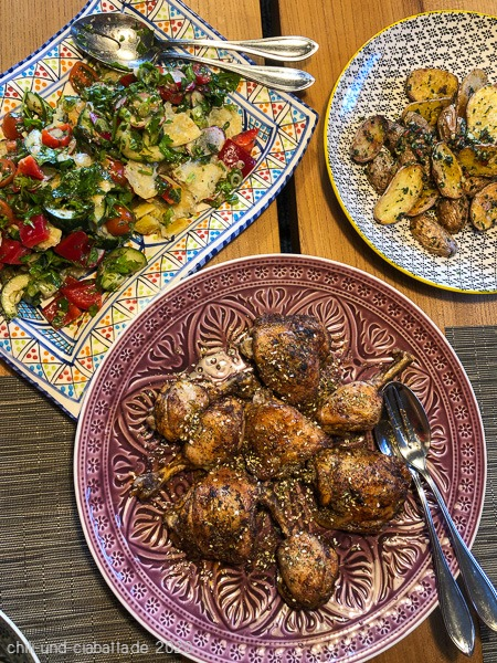 Libanesisches Hähnchen, Fattoush, Backkartoffeln