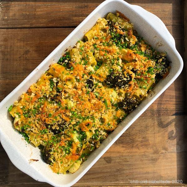 Gebackene Pasta mit Cheddar und Brokkoli